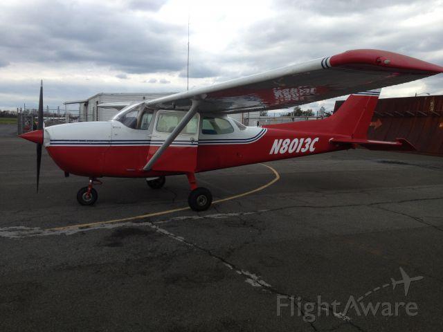 Cessna Skyhawk (N8013C)