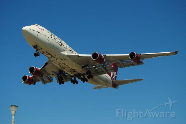 Boeing 747-400 (G-VBIG) - NEW COLORS VIRGIN 744 LANDS 24R.