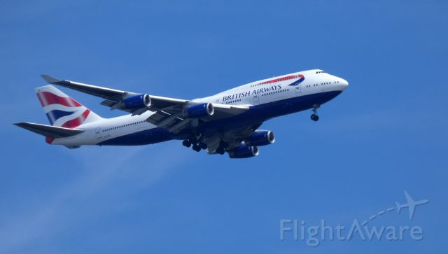 Boeing 747-400 (G-BYGE) - On final is this 1999 British Airways Boeing 747-436 in the Spring of 2019.