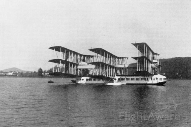 — — - Nine wings, eight 400 hp engines. The ultimate amphibian. Flew twice and crashed on Lake Maggiore Italy, 1921. Source Gianni Caproni (1937), public domain.