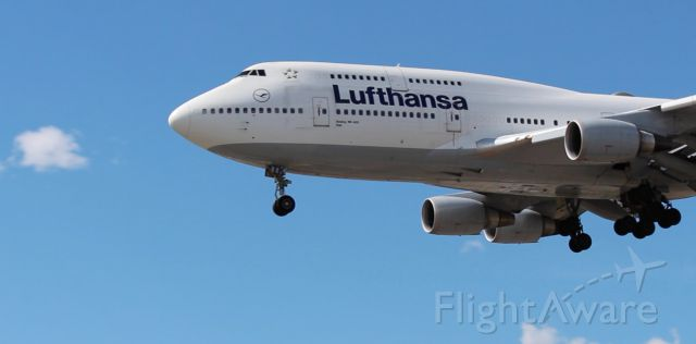 Boeing 747-400 (D-ABTK)