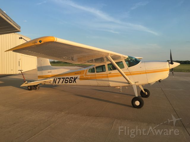 Cessna Skywagon 180 (N7766K)