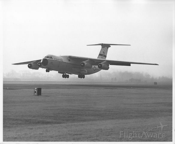 Lockheed C-141 Starlifter — - This C-141A is landing at Yokota Air Base near Tokyo, Japan. This was one of the primary stopping places for aircraft going and coming from Viet Nam. Photo taken in 1973. In 1973 I personally counted airplanes like this departing or landing every 12 minutes at the height of the war. The receipt and dispatch of these aircraft was handled by the 610 MASS (Military Airlift Support Squadron) for the Military Airlift Command.