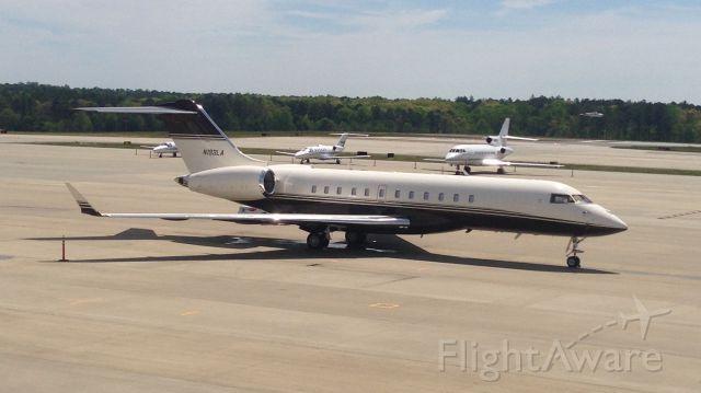 Bombardier Global 5000 (N193LA)
