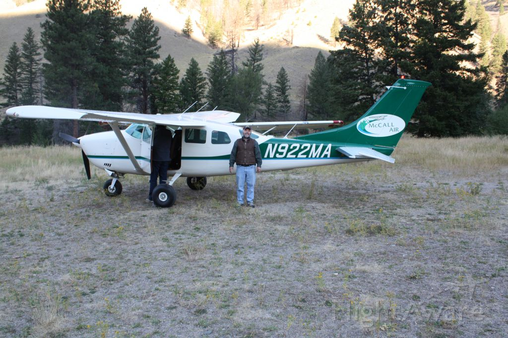 Cessna 206 Stationair (N922MA) - Cabin creek, Idaho