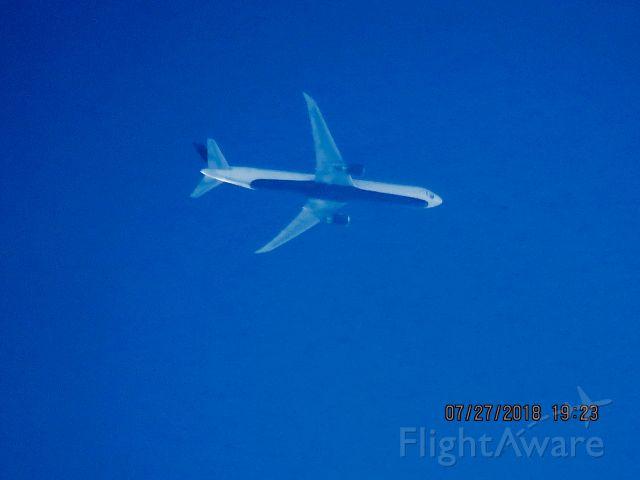 BOEING 767-400 (N841MH)