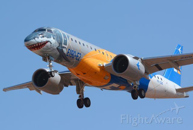 Embraer E190-E2 (PR-ZGQ)