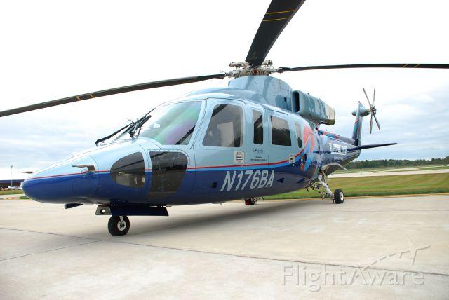 Sikorsky S-76 (N176BA)