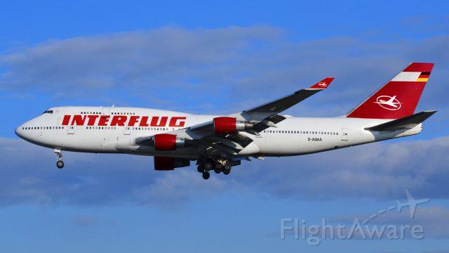 Boeing 747-400 (D-AQAA) - INTERFLUG Boeing 747-400 ... not real ... just kidding ;)