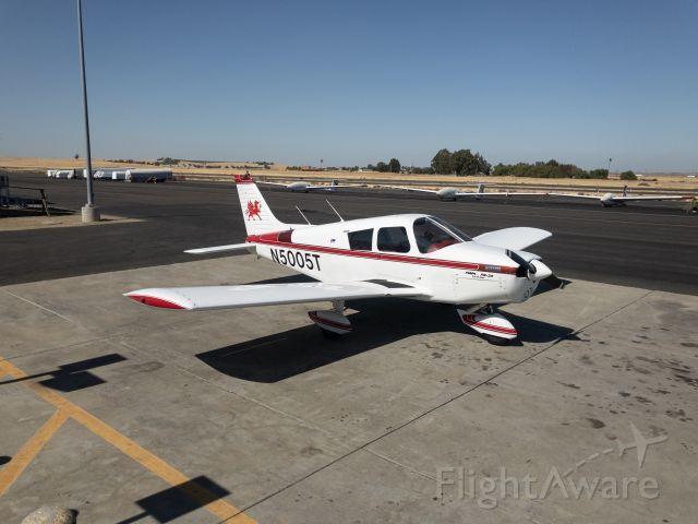 Piper Cherokee (N5005T)