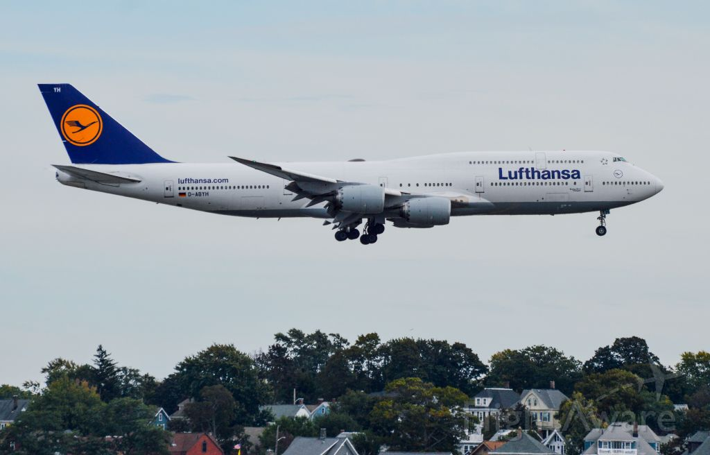 BOEING 747-8 (D-ABYH) - Shot with a Nikon D3200 w/ Nikkor 70-300mmbr /Best viewed in Full Size