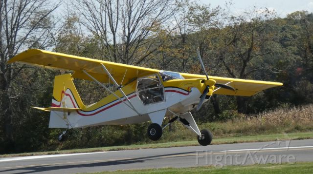 """JUST Escapade (N8056A) - About to touch down is this 2004 Sam Peachey """"Escapade"""" in the Autumn of 2020."""