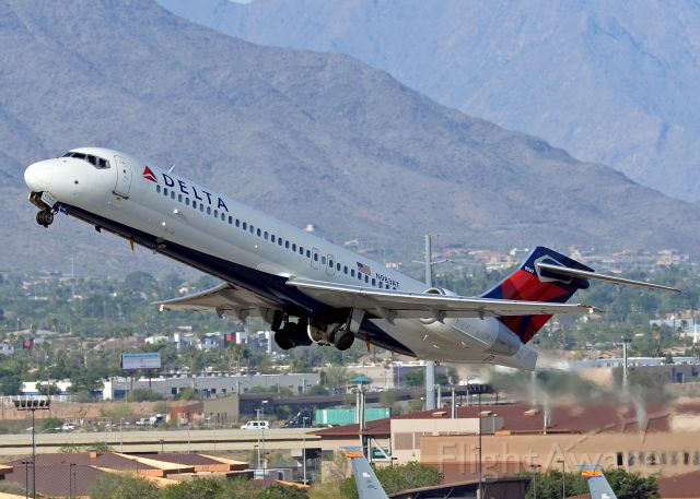 Boeing 717-200 (N983AT)
