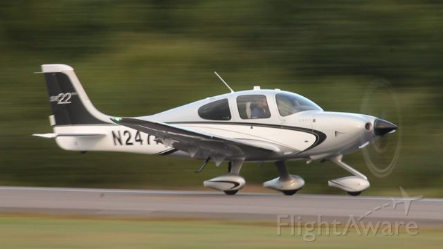 Cirrus SR-22 (N247RB) - Open Air flight 1 heading down runway 20 at 60 knots, ready for rotation!
