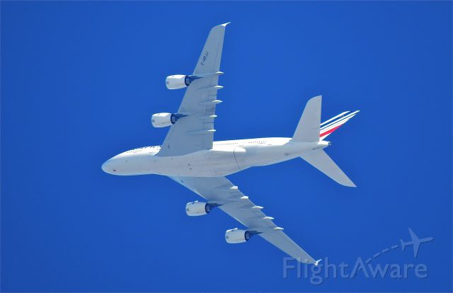 "Airbus A380-800 (F-HPJJ) - <a rel=""nofollow"" href=""http://flightaware.com/live/flight/FHPJJ/history/20140831/2240Z/KLAX/LFPG"">https://flightaware.com/live/flight/FHPJJ/history/20140831/2240Z/KLAX/LFPG</a> . <br />TAken from Playa Del rey, A380 overflying LAX going Eastwards"