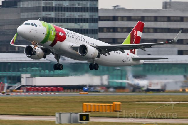 Airbus A320 (CS-TNS) - TAP1319 departing on the flight back to Lisbon
