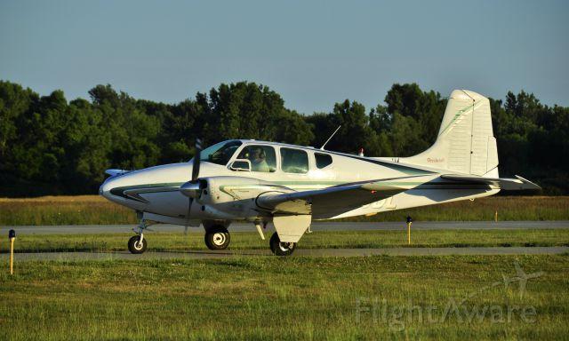 Beechcraft Travel Air (N95DL) - Beech B95 N95DL in Ann Arbor