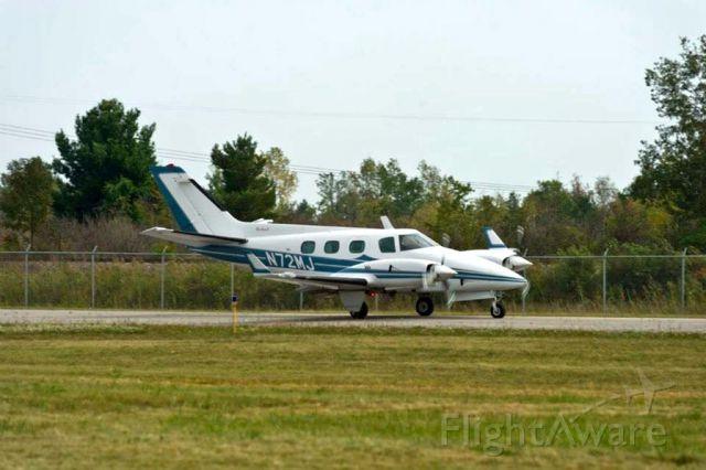Beechcraft Duke (N72MJ)