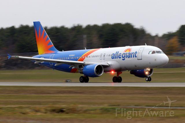 Airbus A320 (N258NV) - 'Alegiant 2106' rotating off of runway 15