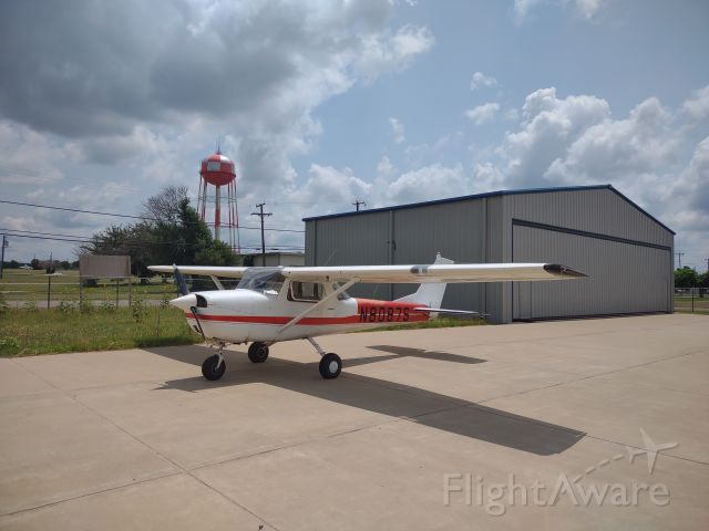 Cessna Commuter (N8087S) - Its nice to be home