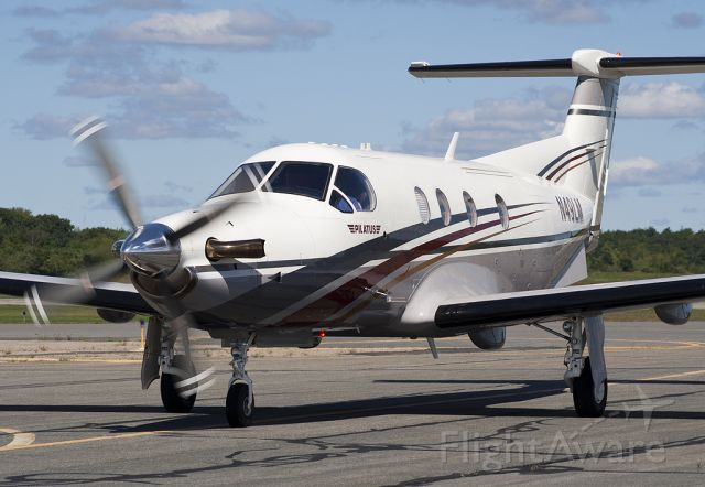 Pilatus PC-12 (N49LM) - Thumbs up!