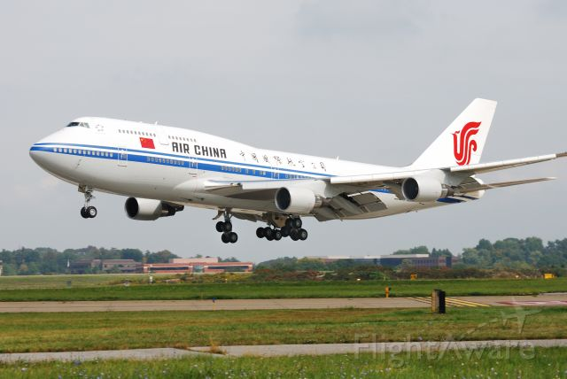 Boeing 747-200 — - The Chinese arrive for the G20 Summit meeting