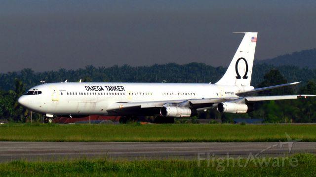 Boeing 707-300 (N707MQ)