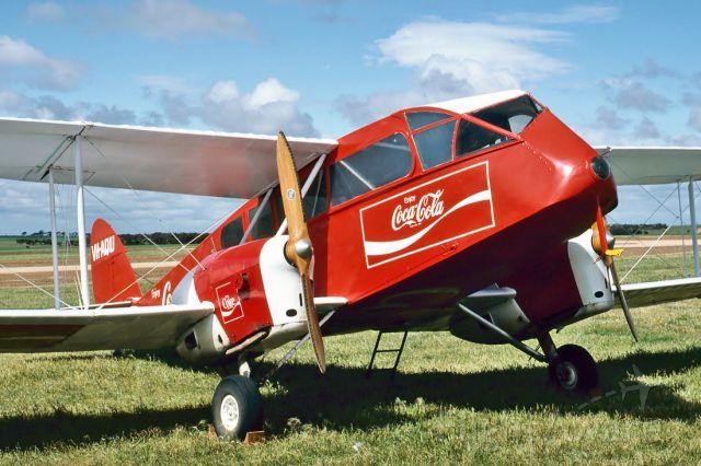 De Havilland Canada Twin Otter (VH-AQU) - DE HAVILLAND AUSTRALIA - DH-84A DRAGON 3 - REG : VH-AQU (CN DHA2048) - MURRAY BRIDGE AIRPORT SA. AUSTRALIA - YMBD 16/9/1984