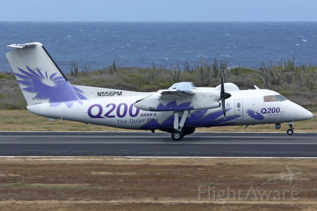 de Havilland Dash 8-200 (N556PM)