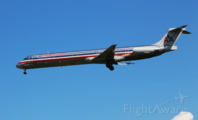 McDonnell Douglas MD-82 (N482AA) - Arriving in Norfolk as American 294 from Dallas/Fort Worth.