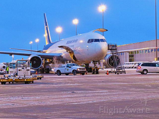 BOEING 767-300 (N361UP)