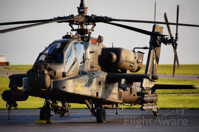 """Boeing Longbow Apache (0607014) - 06-07014 / 67014br /Boeing AH-64D Apachebr /United States Armybr /6th Squadron - 6th Cavalry br /""""Six Shooters"""""""
