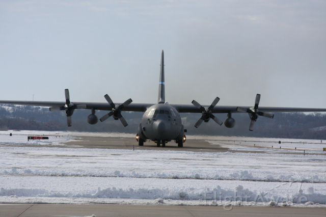 Lockheed C-130 Hercules (JETRACN) - ANOTHER GREAT SHOT OF THE 166TH AW BIRD