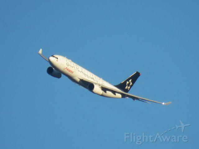 Airbus A330-200 (N280AV) - The Avianca Star Alliance A330 doing the Canarsie Climb at JFK!