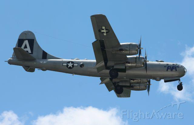Boeing B-29 Superfortress (NX529B)