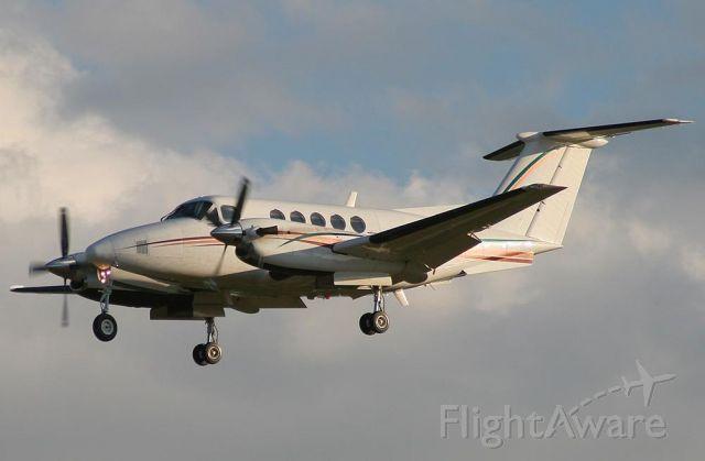 Beechcraft Super King Air 200 (N40PT)