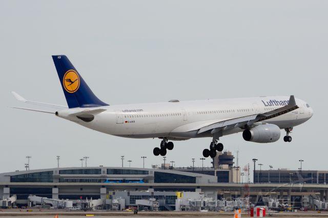 Airbus A330-300 (D-AIKB) - Lufthansa - D-AIKB - A330-300 - Arriving KDFW 02/15/2014