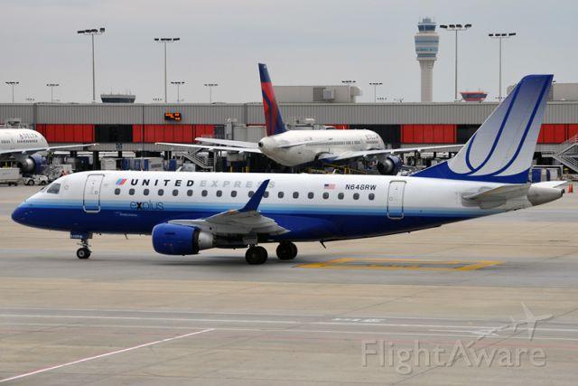 Embraer 170/175 (N648RW)