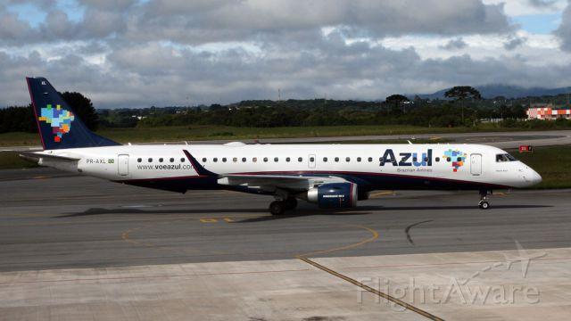 Embraer ERJ-190 (PR-AXL)