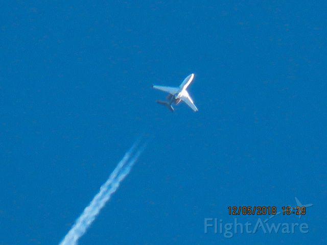 Embraer Phenom 300 (N917LJ)