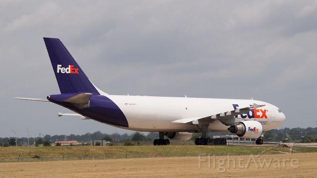 """Airbus A300F4-600 (N689FE) - """"Christoff"""""""