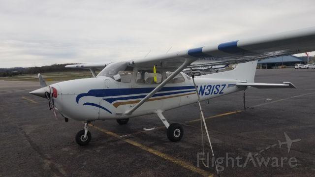 Cessna Skyhawk (N31SZ)