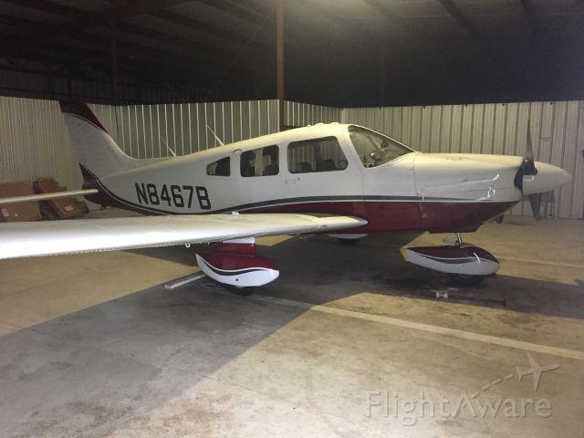 Piper Cherokee (N8467B)