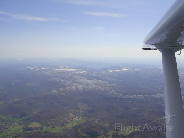 Cessna Skylane (N22NW) - Somewhere over the Appalachian Mountains.