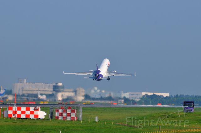 Boeing MD-11 (N573FE) - 2015/7/31