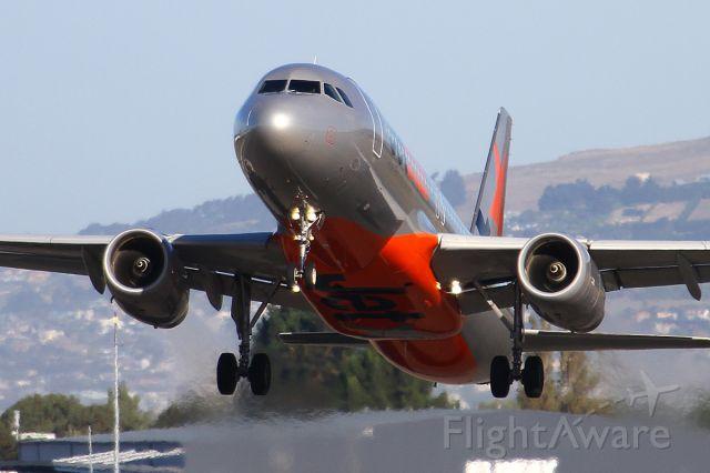 Airbus A320 (VH-VQA) - 2 MAR 2011