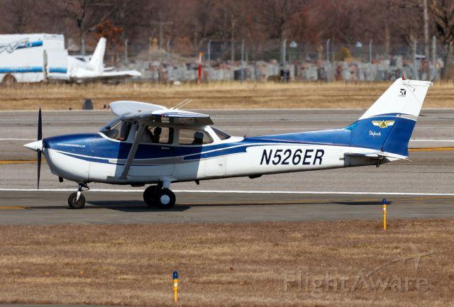 Cessna Skyhawk (N526ER)
