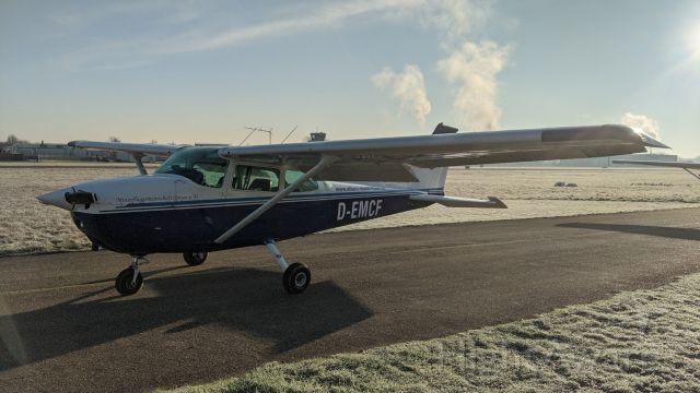 Cessna Skyhawk (D-EMCF)