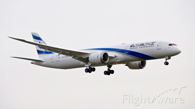 Boeing 787-9 Dreamliner (4X-EDD) - BOE818 on final to Rwy 16R to complete a B2 flight on 2.20.18. (ln 671 / cn 63392).