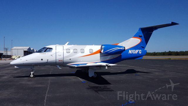 Embraer Phenom 100 (N101FG) - Coach comes to visit.